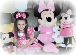 Minnie Mouse Party & Get up in my Business
