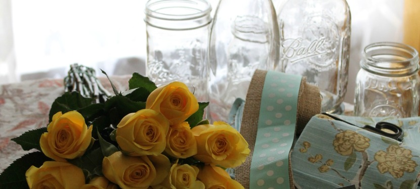 Simple & Jazzy Mason jar Vases